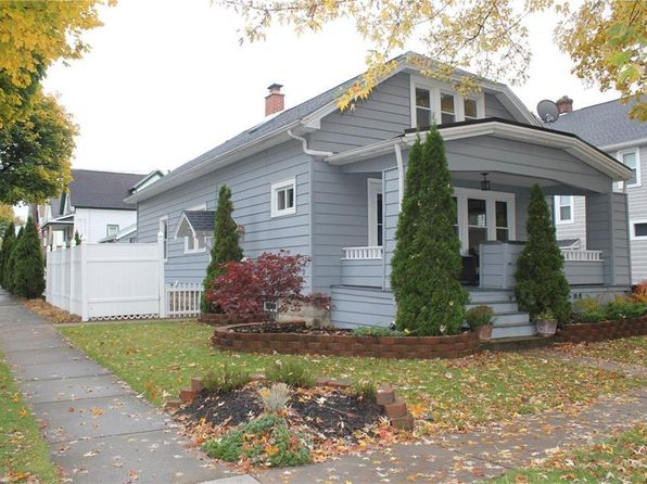 3 bed 2 bath Single Family at 44 Garfield St Lancaster, NY, 14086 is for sale at 160k - 1 of 25
