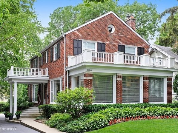 4 bed 3 bath Single Family at 1280 Scott Ave Winnetka, IL, 60093 is for sale at 799k - 1 of 39