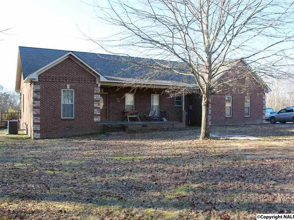 3 bed 2 bath Single Family at 192 6th St S Sylvania, AL, 35988 is for sale at 200k - 1 of 27