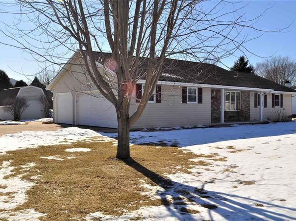 3 bed 2 bath Single Family at 2471 Lance St Green Bay, WI, 54313 is for sale at 215k - 1 of 43