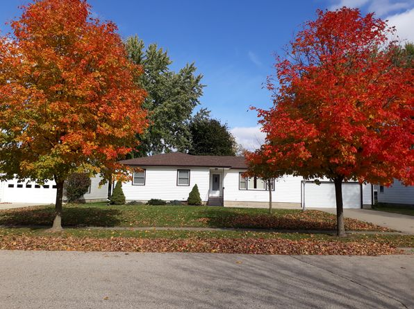 3 bed 3 bath Single Family at 1308 Jackson Blvd Rochester, IN, 46975 is for sale at 143k - 1 of 35