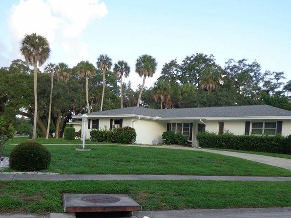 3 bed 2 bath Single Family at 3031 Regatta Dr Sarasota, FL, 34231 is for sale at 324k - 1 of 14