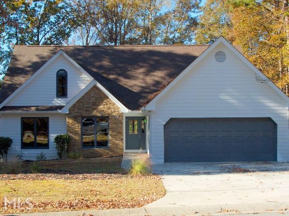 4 bed 3 bath Single Family at 2085 Castle Royale Dr Lawrenceville, GA, 30043 is for sale at 235k - 1 of 25