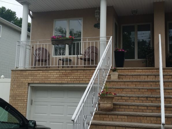 4 bed 4 bath Single Family at 99 Goodall St Staten Island, NY, 10308 is for sale at 700k - 1 of 17