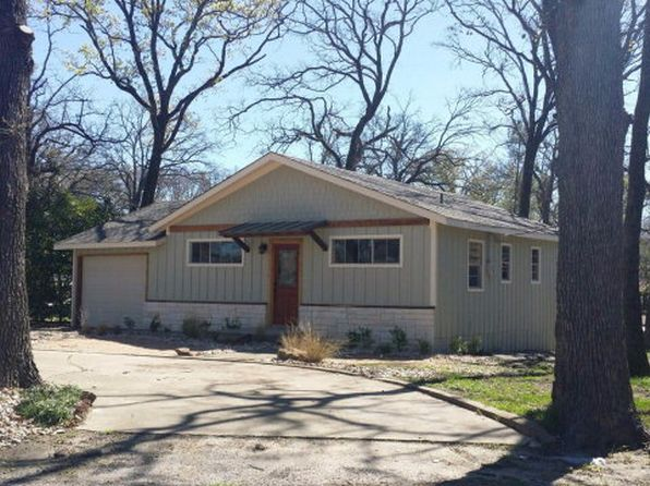 2 bed 2 bath Single Family at 1817 Cherokee Trce Tool, TX, 75143 is for sale at 140k - 1 of 24