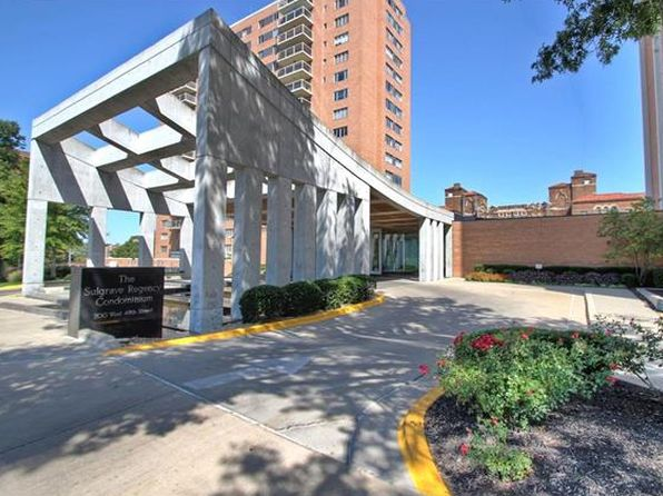 2 bed 2 bath Condo at 121 W 48th St Kansas City, MO, 64112 is for sale at 425k - 1 of 25