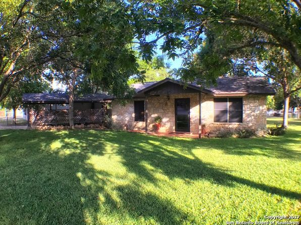 1 bed 1 bath Single Family at 166 Beaumont St Bandera, TX, 78003 is for sale at 140k - 1 of 21