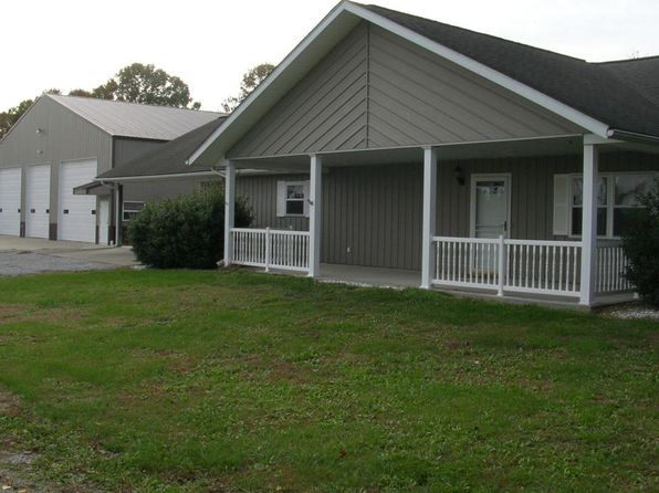 3 bed 2 bath Single Family at 1805 Old Route 146 Loop Vienna, IL, 62995 is for sale at 339k - 1 of 57