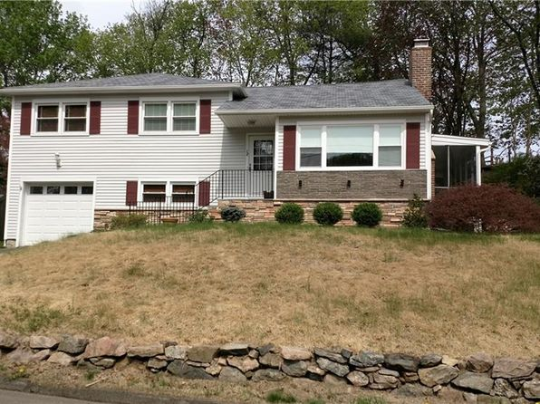 3 bed 2 bath Single Family at 12 Tarrywile Lake Rd Danbury, CT, 06810 is for sale at 319k - 1 of 23