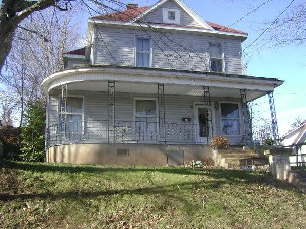 8 bed 2 bath Single Family at 105 Circle Ave Spencer, WV, 25276 is for sale at 55k - 1 of 35