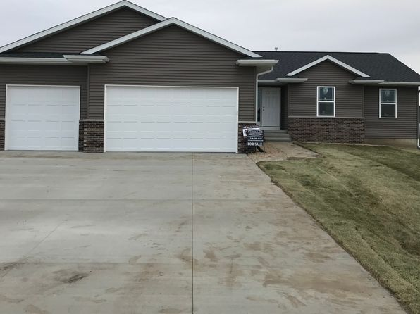 3 bed 2 bath Single Family at 4592 MEADOW CREEK DR PALO, IA, 52324 is for sale at 200k - 1 of 18