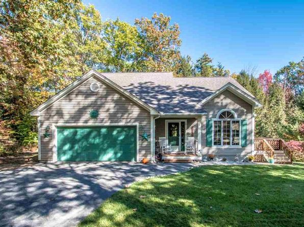 3 bed 3 bath Single Family at 316 COUNTRY RD CONWAY, NH, 03818 is for sale at 410k - 1 of 20