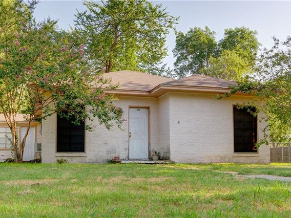 2 bed 1 bath Single Family at 112 E Grove St Pilot Point, TX, 76258 is for sale at 90k - google static map