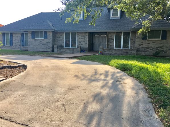 5 bed 5 bath Single Family at 917 Franco Dr Alice, TX, 78332 is for sale at 240k - 1 of 14