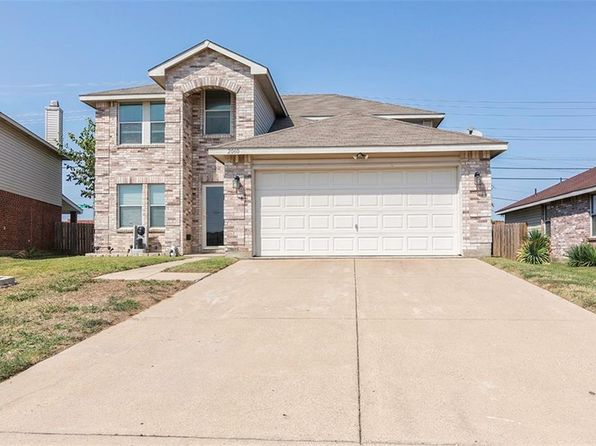 4 bed 3 bath Single Family at 2060 Swenson Ct Grand Prairie, TX, 75052 is for sale at 225k - 1 of 35