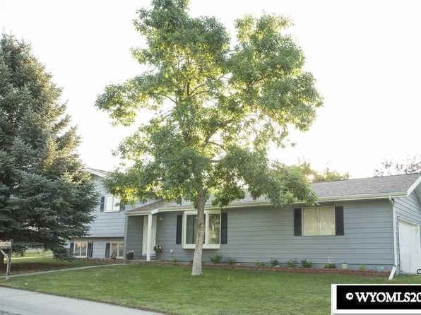 4 bed 2.5 bath Single Family at 125 Frontier Dr Douglas, WY, 82633 is for sale at 235k - 1 of 19