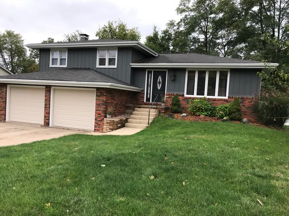 3 bed 3 bath Single Family at 1010 W Nassau Dr Peoria, IL, 61615 is for sale at 210k - 1 of 10