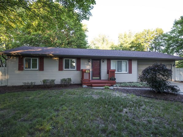 3 bed 3 bath Single Family at 2700 Dawn Dr Midland, MI, 48642 is for sale at 124k - 1 of 19