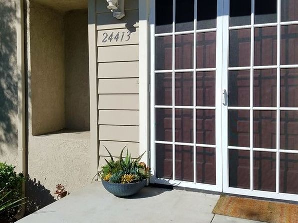 2 bed 3 bath Townhouse at 24413 HILLSDALE AVE LAGUNA HILLS, CA, 92653 is for sale at 470k - 1 of 6