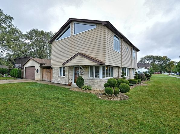 3 bed 2 bath Single Family at 4924 Oak Center Dr Oak Lawn, IL, 60453 is for sale at 250k - 1 of 28