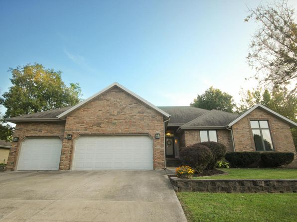 3 bed 2 bath Single Family at 1388 W Vancouver St Springfield, MO, 65803 is for sale at 155k - 1 of 31