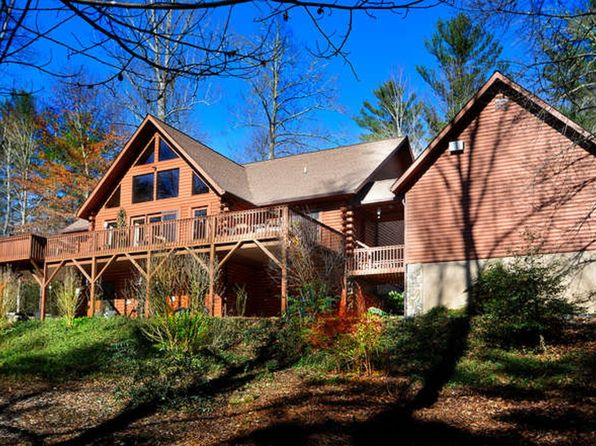 4 bed 3 bath Single Family at 32 Mirika Dr Mills River, NC, 28759 is for sale at 440k - 1 of 27