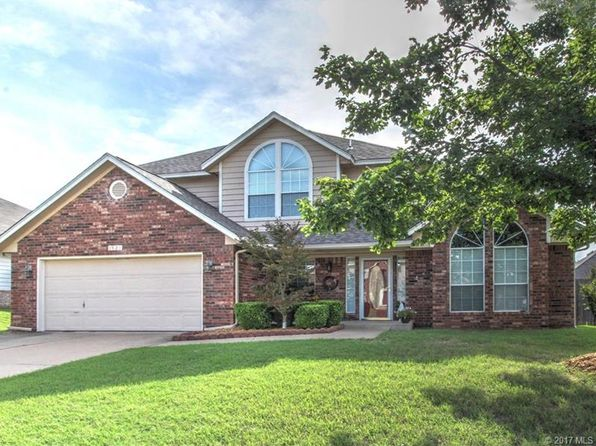 4 bed 3 bath Single Family at 1921 S Cypress Ave Broken Arrow, OK, 74012 is for sale at 190k - 1 of 31