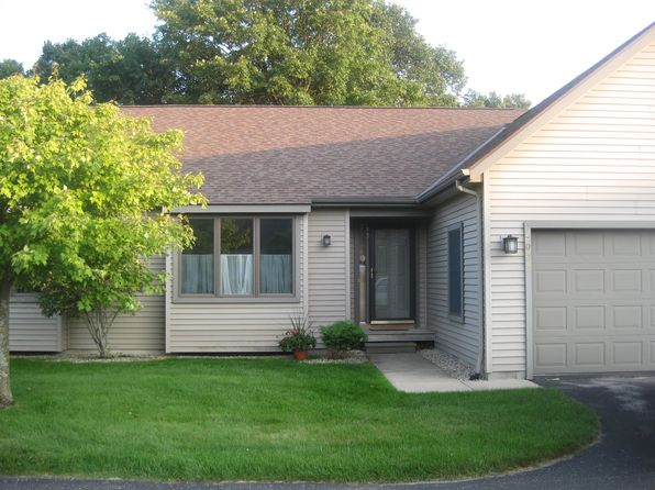 3 bed 2 bath Condo at 2027 Woods Ln Petoskey, MI, 49770 is for sale at 215k - 1 of 24