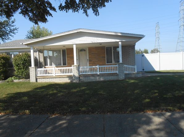 3 bed 2 bath Single Family at 18552 Martin Pl Woodhaven, MI, 48183 is for sale at 145k - 1 of 12