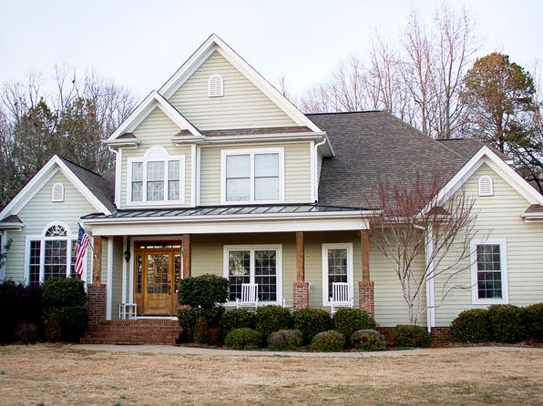 4 bed 3 bath Single Family at 105 Waterbury Way Pendleton, SC, 29670 is for sale at 464k - 1 of 26