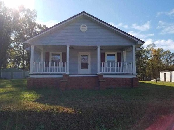 3 bed 2 bath Single Family at 537 Edwards St Woodruff, SC, 29388 is for sale at 140k - 1 of 12