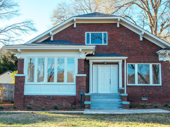 3 bed 2 bath Single Family at 814 E Carolina Ave Clinton, SC, 29325 is for sale at 190k - 1 of 21