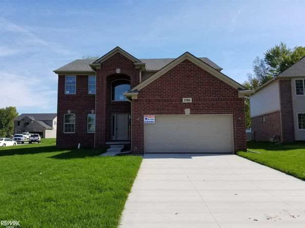 4 bed 2.5 bath Single Family at 37484 Ersa Ct Sterling Heights, MI, 48310 is for sale at 320k - 1 of 7
