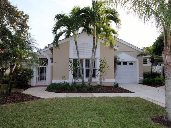 2 bed 2 bath Single Family at 2026 SW Olympic Club Ter Palm City, FL, 34990 is for sale at 265k - 1 of 11
