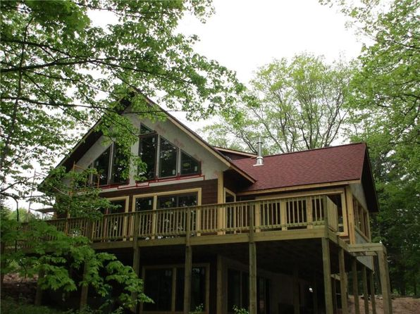 3 bed 2 bath Single Family at 15834W Sand Lake Rd Stone Lake, WI, 54876 is for sale at 400k - 1 of 20