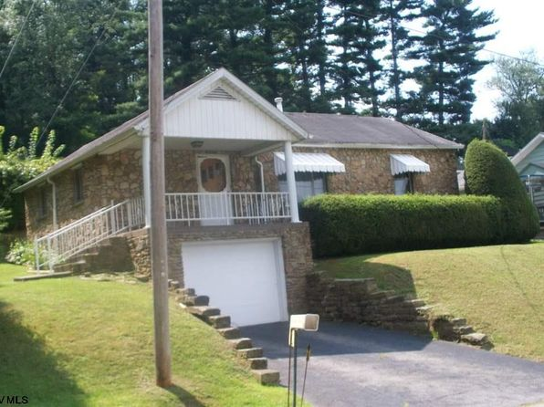 3 bed 2 bath Single Family at 7 Spruce St St Idamay, WV, 26576 is for sale at 79k - 1 of 9