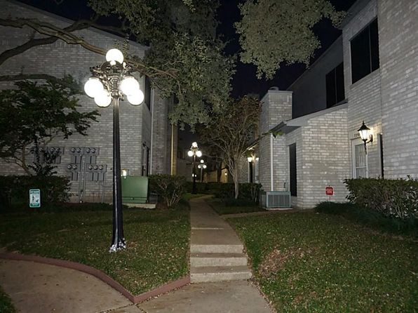 2 bed 3 bath Townhouse at 7338 Regency Square Ct Houston, TX, 77036 is for sale at 135k - 1 of 27