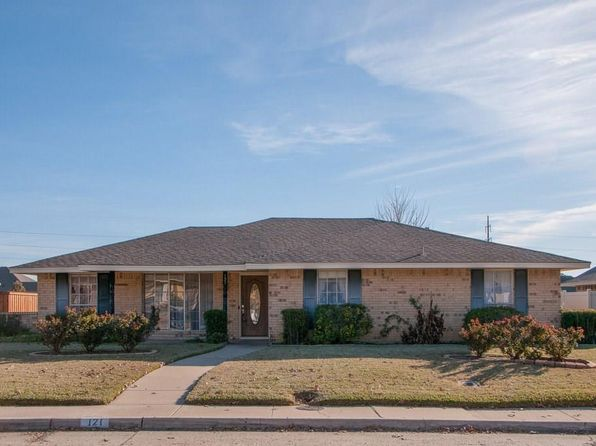 3 bed 2 bath Single Family at 121 CHIEFTAIN DR WAXAHACHIE, TX, 75165 is for sale at 200k - 1 of 29