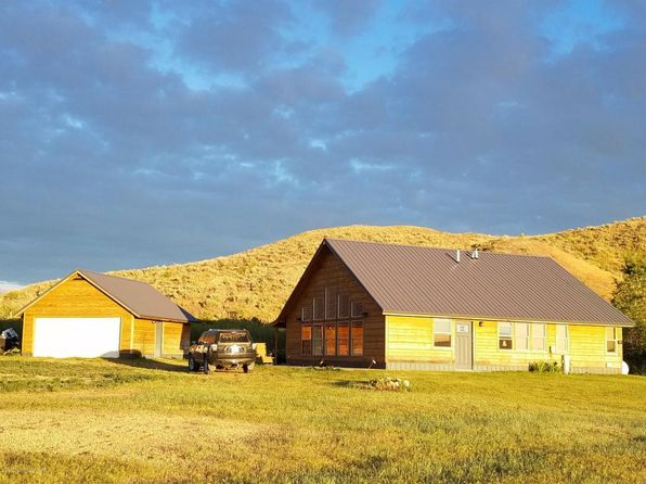 2 bed 2 bath Single Family at 4878 Blue Hills Ln Hyattville, WY, 82428 is for sale at 265k - 1 of 29