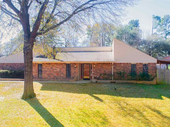 3 bed 3 bath Single Family at 626 HIGHLAND DR KILGORE, TX, 75662 is for sale at 190k - 1 of 25