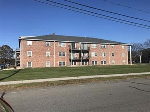 1 bed 1 bath Condo at 14 Woodman Way Newburyport, MA, 01950 is for sale at 115k - 1 of 10