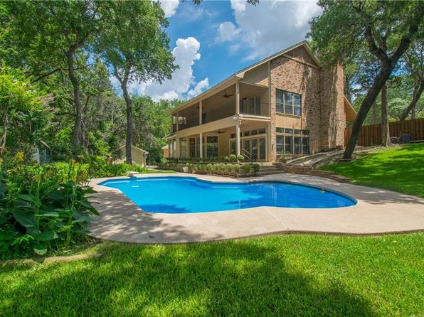 4 bed 3 bath Single Family at 711 Ida Vista Ct Duncanville, TX, 75116 is for sale at 425k - 1 of 36