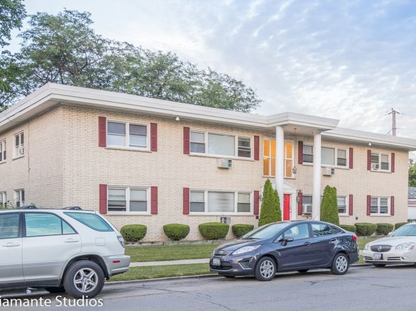2 bed 1 bath Condo at 731 Bellwood Ave Bellwood, IL, 60104 is for sale at 58k - 1 of 6