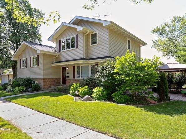 5 bed 3 bath Single Family at 366 W Adams St Elmhurst, IL, 60126 is for sale at 495k - 1 of 15