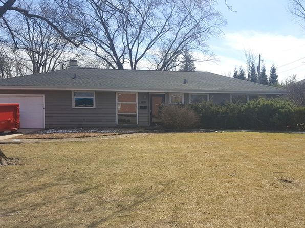 3 bed 2 bath Single Family at 608 Countryside Dr Wheaton, IL, 60187 is for sale at 240k - google static map