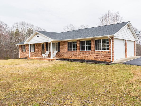 3 bed 3 bath Single Family at 111 Ponderosa Dr Wirtz, VA, 24184 is for sale at 190k - 1 of 35