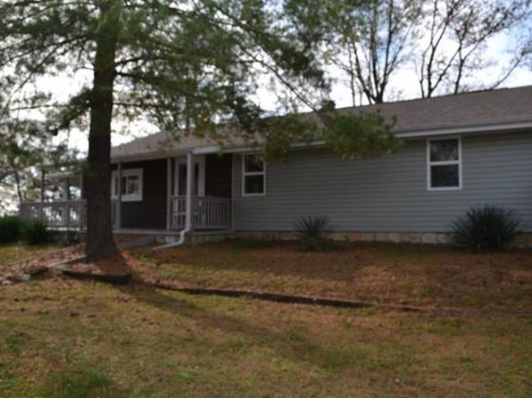 4 bed 3 bath Single Family at 9231 County Highway 11 Nashville, IL, 62263 is for sale at 170k - 1 of 40