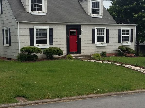 4 bed 2 bath Single Family at 114 Spruce St Greeneville, TN, 37745 is for sale at 120k - 1 of 24