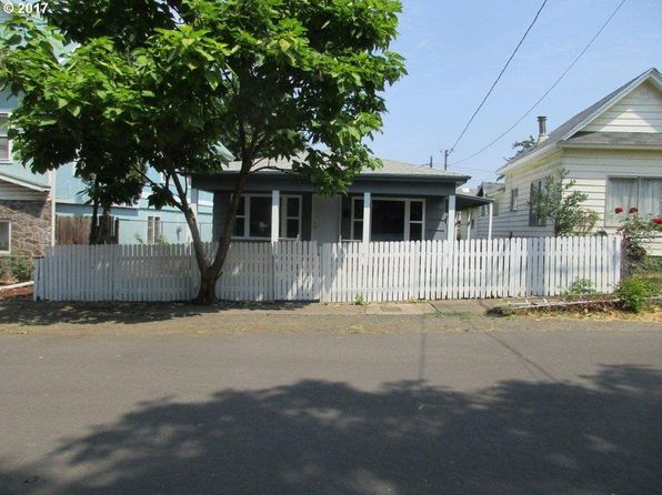 2 bed 1 bath Single Family at 142 SE Miller Ave Roseburg, OR, 97470 is for sale at 150k - 1 of 26