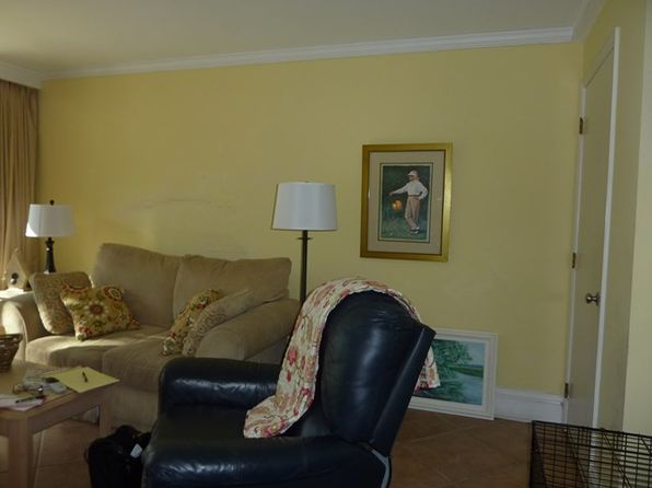 2 bed 2 bath Townhouse at 1175 N Beachview Dr Jekyll Island, GA, 31527 is for sale at 195k - 1 of 10